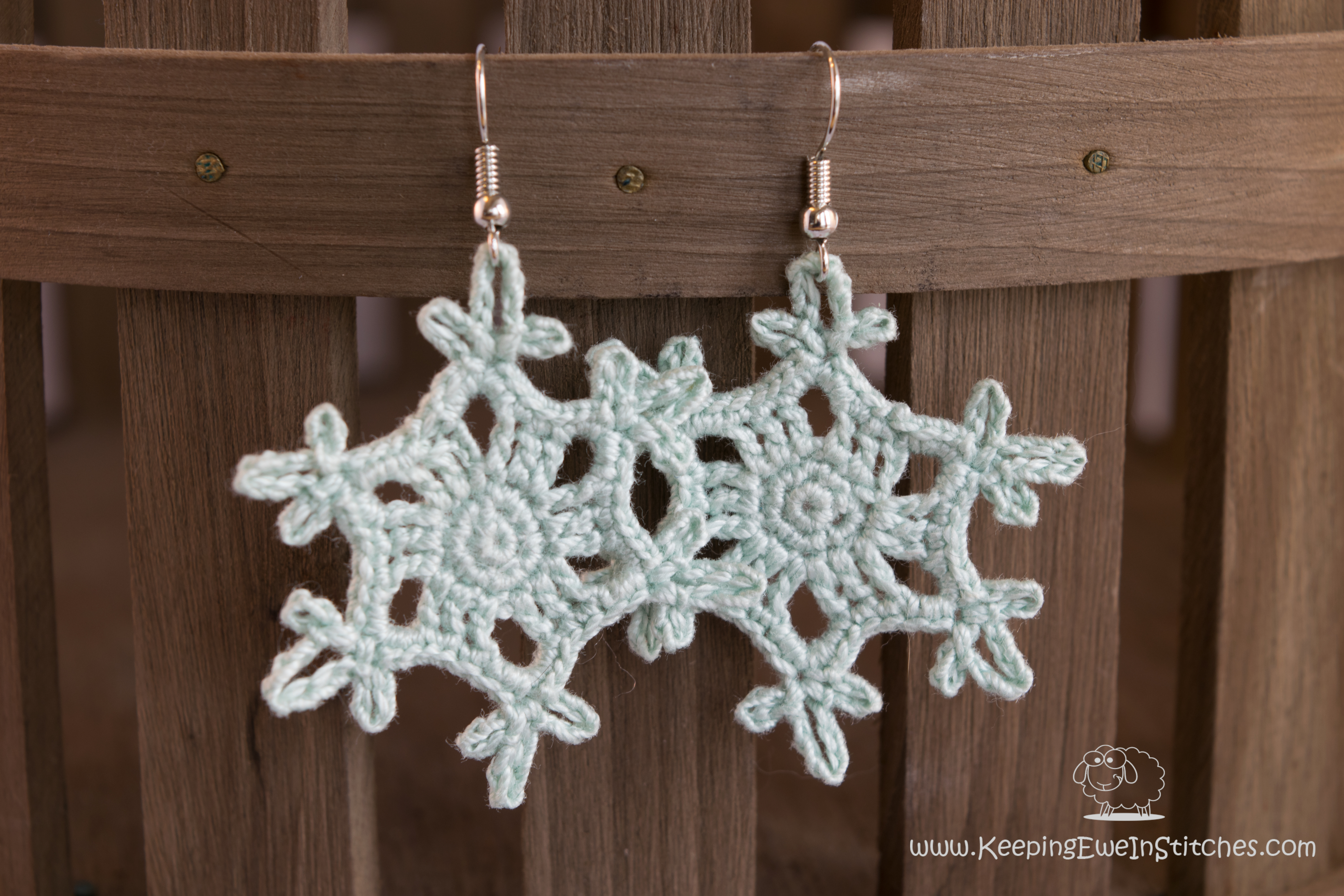 crochet earrings snowflake